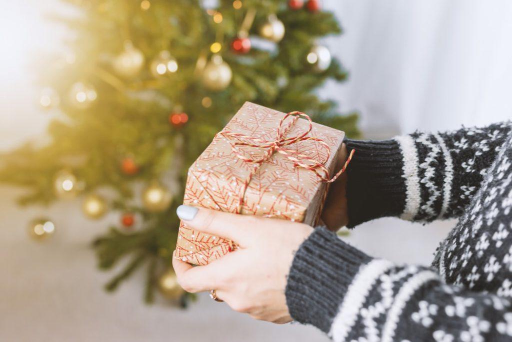 Как дарить и принимать подарки по-японски